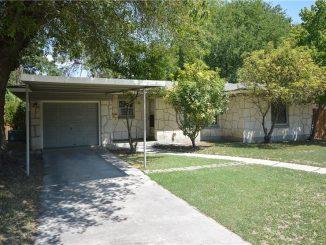 531 Cherry Ridge Dr, San Antonio, TX 78213