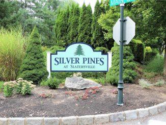 7 Silver Pines Boulevard, North Smithfield, RI 02896