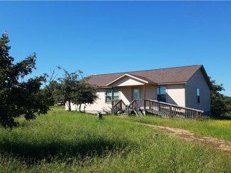 162 LIsa Lane, Bastrop, TX 78602