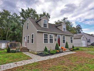 74 Arlington St Franklin, MA 02038