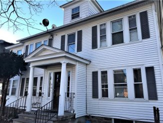 10 Campo Seco St, Lawrence, MA 01841