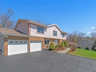156 Rolling Hills Rd, Thornwood, NY 10594